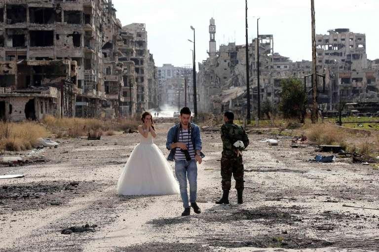 siria sposi tra le macerie